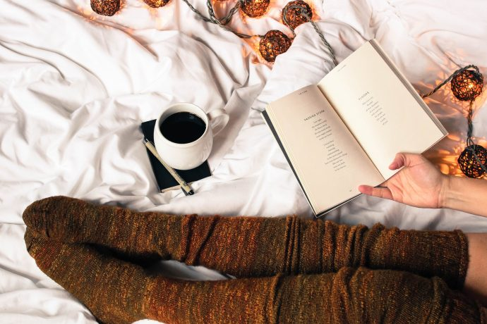 6 Easy and Simple Ways to Achieve a Cozy Home