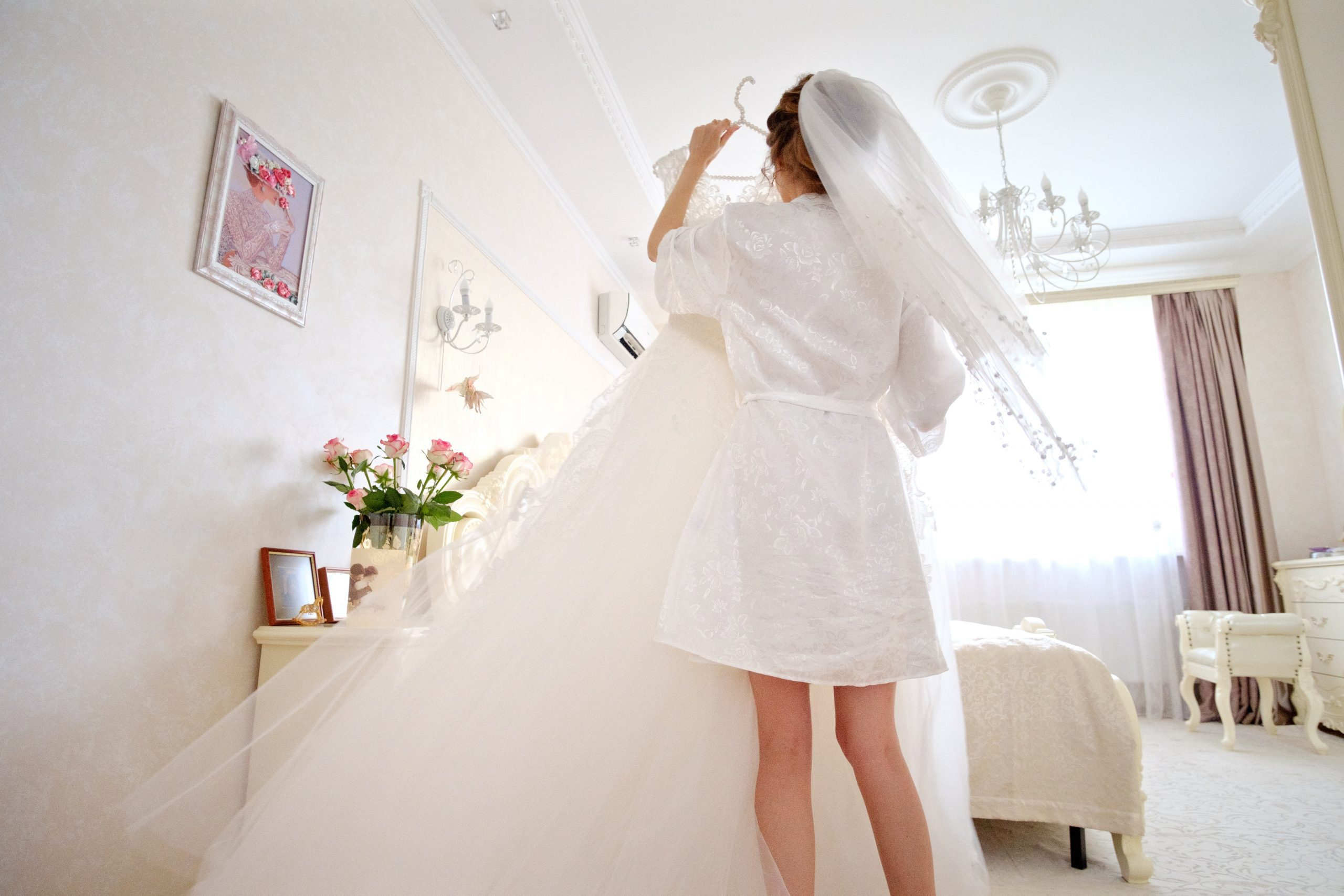 Wedding Dress Shopping: 8 Tips and Advice for the Newly Engaged Bride