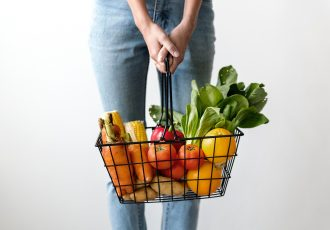 10 Ways I Grocery Shop for Cheap and Save Money